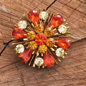 Jewelry - Awesome Vintage Fall Brooch Pin Starburst